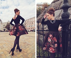 Tania Kourshakova - Elena Burba Skirt, Elena Burba Necklace, Vince Camuto Shoes - What a beautiful flowers