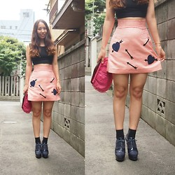 Yu Kuwabara - Topshop Cropped Top, Sretsis Lovestruck Skirt, G.V.G.V. Lace Up Heels - Hearts with Arrows