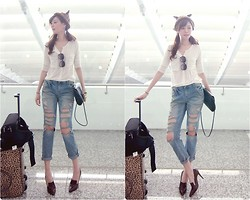 Chiao Wen -  - Go to Singapore