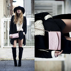 Lisa Dengler - D.Ra Knit Sweater, Chanel Vintage Bag, Otte Alexis Hat (20% Off!) - CHANEL