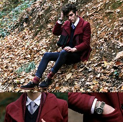 "Matthias C. - Doublju Burgundy Coat, Asos Skinny, Dot Silk Scarf, Selected Tie, Bugundy Socks, Derby Shoes With Red Soles, Navy Sweater, Seiko Military Watch - ""Alfar"""