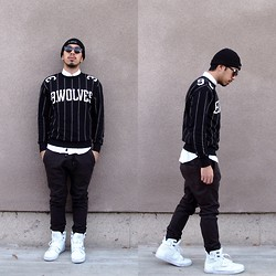 Daniel Vu - Cotton On Slate Joggers, H&M Striped Crewneck Sweater, Foreign Exchange White Button Up, Kr3w Beanie, Vlado Sneakers - Favorite Sunnies