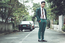 Argie Alcantara - Thrifted Coat, Sm Department Store White Long Sleeves, David Guison's Booth Aztec Necktie, Topman Braces, Topman Skinny Chinos, H&M Geometric Socks - Hold on, we're going home
