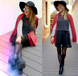 Chanssy X. - Choies Black Felt Fedora With Wave Hem, Luxurious Red Lip Necklace, Choies Red Rivet Two Ways Bag, Vintage Platform Boots - ★ Give me love ★