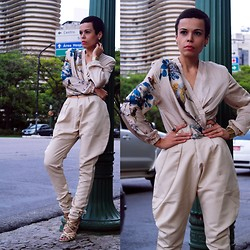 Priscila Diniz - Persun Floral Pattern Jacket In Khaki, Let Them Stare Khaki Pants - Let them stare