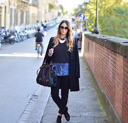 Elisa Taviti - Churchs Churhs Lace Up Shoes, H&M Black Jeans, Miu Bow Bag, True Religion Denim Shirt, Zara Crop Sweater, Zara Coat, Pinko Necklace - FLORENCE, I LOVE YOU!