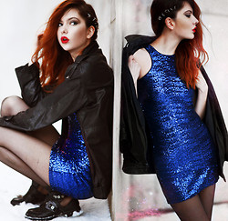 Ebba Zingmark - Ivyrevel Sequin Party Dress, Regalrose Hair Rings, Anna Xi Cut Out Boots, 2hand Jacket - IVYREVEL