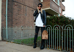Isabella Thordsen - Jeffrey Campbell Boots, Vintage Bag, Zara Leather Jacket, Ray Ban Sunglasses - The biker look
