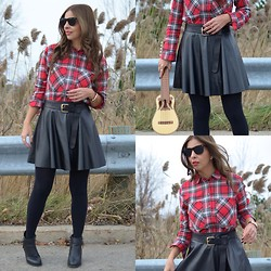 Eli GGarcia - Mango Tartan Shirt, Forever 21 Skirt, Aldo Ankle Boots, Forever 21 Ring, Ray Ban Sunglasses - Tartan: The official fabric of Fall