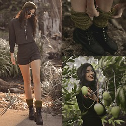 Elle-May Leckenby - Handmade Tsumi Necklace, Green Tea Scrunchy Socks, Embo Pants & Top - Checking on my mangoes