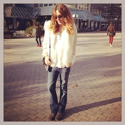 Riccardo Simonetti - Ray Ban Shades, Bindi, H&M Faux Fur Vest, Zara Blouse, Mama's Closet Boot Cut Jeans, Buffalo Boots, Liebeskind Berlin Bag - We crave a different kind of buzz.