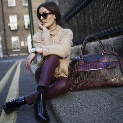 Anouska Proetta Brandon - Marciano Cable Knit, Dorothee Schumacher Leather Pants, Marks & Spencer Boots, Parfois Weekend Bag - Weekender.