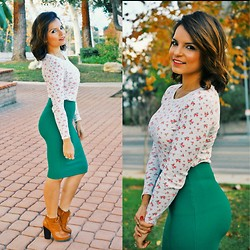 Claudia Felix Garay - Forever 21 Floral Long Sleeve, Forever 21 Green Midi Skirt, Lolashoetique Brown Booties - Floral and the Midi
