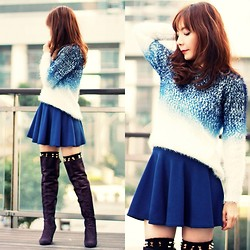 Prisca E. - Choies Dip Dye Sweater, Choies Rivet Over The Knee Socks, Over The Knee Boots - Dipity Dipty Blue