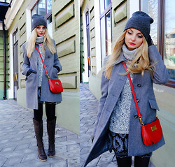 Violetta Privalova - United Colors Of Benetton Coat, Marc By Jacobs Bag, Reserved Hat, Reserved Sweater, Nordstrom Dress, Timberland Boots - Gray mix and favorite details