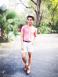 Kenny Jay - Gap Coral Shirt, Gap Dark Brown Belt, Gap Khaki Shorts, Brown Brogue Shoes - Winter Heat