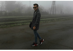Kamil Gulai - H&M Divided Grey Cardigan, Nike Air Max 90 - Foggy #2