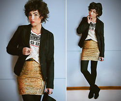 Sophia Mayrhofer - Thrifted Black Blazer, Pimkie Cozy Christmas Sweater, Alice + Olivia Gold Sequin Dress Worn As Skirt, Forever 21 Fedora, Thrifted Leather Belt, Target Opaque Tights, Thrifted Suede Lace Up Wedges - Sunday sparkle
