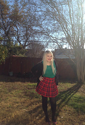 Melissa . - Forever 21 Peter Pan Collared Top, H&M Plaid Skirt - It's Christmas time!