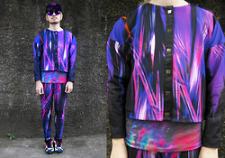 Andre Judd - Ri By Carrie Feather Flower Digi Print Cropped Jacket And Treggings, Raf Simons Trainers - SPECTRUM