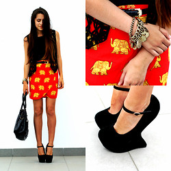 Lea K - H&M Bag, Sirens Wedges - Elephants