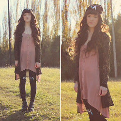 Ashlei Louise . - Swaychic Side Effect Ankle Boots, Pacsun Bullhead Denim, Banggood Eye Leggings - Side Effects