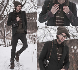 Bobby Raffin - Gypsy Sale Olive Winter Sweater, Yesstyle Fitted Blazer, Firmoo Tortoise Full Frames, Palladium Pampa Sport Cuff Boots, Gypsy Sale Slim Fit Jeans, Gap Favourite Beanie - Tobacco & Olive Hues + Firmoo Giveaway