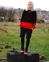 Milex X - Brave Soul Black&Red Sweater, Dr. Martens 'British', Diy Black Pants, Topshop Gold Jewelery - I know if I'm haunting you, you must be haunting me