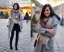 Daisyline . - Coat, Scarf, Zara Pants - Christmas are coming