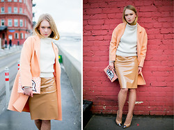 Lena Ushakova - 33f Peach Coat, 33f White Sweater - OMG! It's a peach coat!