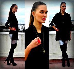Amina Allam - Freya Poncho, Freya Silver Leggings, Topshop Thigh High Boots, Freya Jewelry, Freya Stydded Top With Faux Leather Sleeves - Guilty for loving fashion