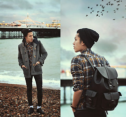 Mike Quyen - Rum Jungle Jacket, Rum Jungle Cable Shirt, Aldo Bag, Wasted Beanie - Lost track of time and space