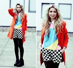 Kayla Hadlington - Sheinside Coat, Junkfood Tshirt, Wholesale7 Shorts, Charity Shop Shoes - COLOUR BLOCKING