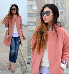Cassandra Y. Liu - Wholesaleitonline Dusky Pink Coat, Ripped Jeans - Foggy Pinky Day (2 GIVEAWAY on my blog!)