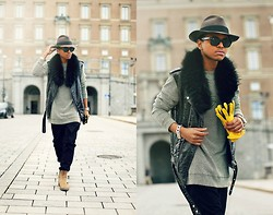 Julian Hernandez - Agrage Sweater, Arme Of Me Trousers, Gina Tricot Vest, Abrage Gloves - YELLOW GLOVES
