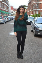 Kristina M - River Island Jeans, Urban Outfitters Jumper, Urban Outfitters Boots, Pandora Rings - SIMPLE