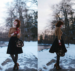 The Clothes Horse R - Boden Sweater, Modcloth Skirt, Seychelles Heels, Tabbi Socks Tights, Vintage Purse - Two Times A Lady