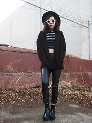 Visa Lom - Zerouv Trendy Blogger Round Sunglasses, Romwe Buttonless Loose Faux Fur Black Coat, Wholesale7.Net High Waisted Pu Leather Pants, Wholesale7.Net Zipper Chunky Heel Platform Ankle Boots - Faux