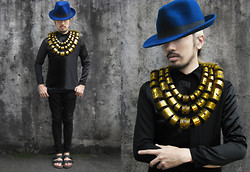 Andre Judd - Vlue Fedora, Louxurious Satin And Silk Button Down Shirt, Ann Ong Gold Barrel Neckpieces - EXCESSORIZE