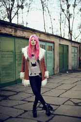 Veronica Juliett - Unif Coat, Wildfox Couture Sweater, Zara Pants, Unif Hellbounds - Wildfox couture