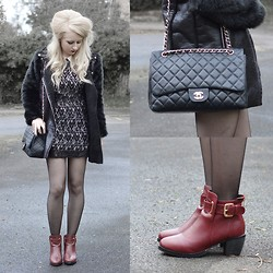 Sammi Jackson - Wholseale 7 Fur Sleeved Coat, Wholseale 7 Red Wine Boots, Choies Black Lace Dress, Chanel Vintage Bag - GORILLA COAT