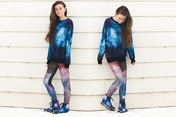 Sarah Jay - Sheinside Galaxy Sweatshirt, Black Milk Clothing Violet Nebula Leggings, Ustyle Galaxy Motorcycle Boots - Star Commander: Do You Read Me?