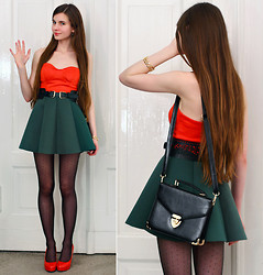 Ariadna Majewska - Romwe Red Simple Bandeau, Awwdore Green Flared Skirt, Rosewholesale Black Elegant Bag, Toria Blanic Red Leather Pumps, Chic Wish Black Belt, Romwe Gold Bracelet, Black Dot Tights - Merry Christmas! :)