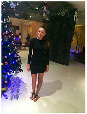 Isabelle Hawi - Zara Dress, Prada Sandals - Style With Isabelle- Saturday night