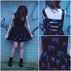 Little Skelter - Valley Girl Elephant Dress - Feeling small