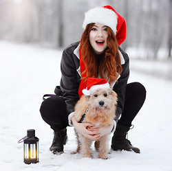 Ebba Zingmark - Frontrowshop Jacket, Borrowed From Santa Hat, Ville <3<3<3 Dog - MERRY XMAS LOOKBOOKERS!