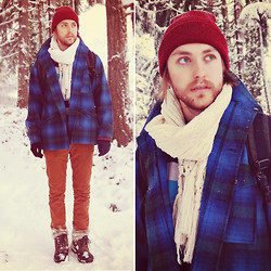 Josh M. - Gift From Friend Beanie, Pendleton Vintage Coat - ❄ MERRY CHRISTMAS ❄