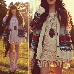 . . - Lookbook Store Crochet Dress, Romwe Patterned Sweater - The sun set on autumn // +$100 giveaway on blog