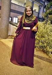 Syafiqah Hashim - Surisara Zahra Dress, Forever 21 Gold Sequine, Old Blossom Box Gold Glitter Shawl - Glam Purple with Zahra