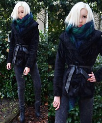 Iggy Stardust - Zara Scarf, H&M Coat - All the things we do for fun